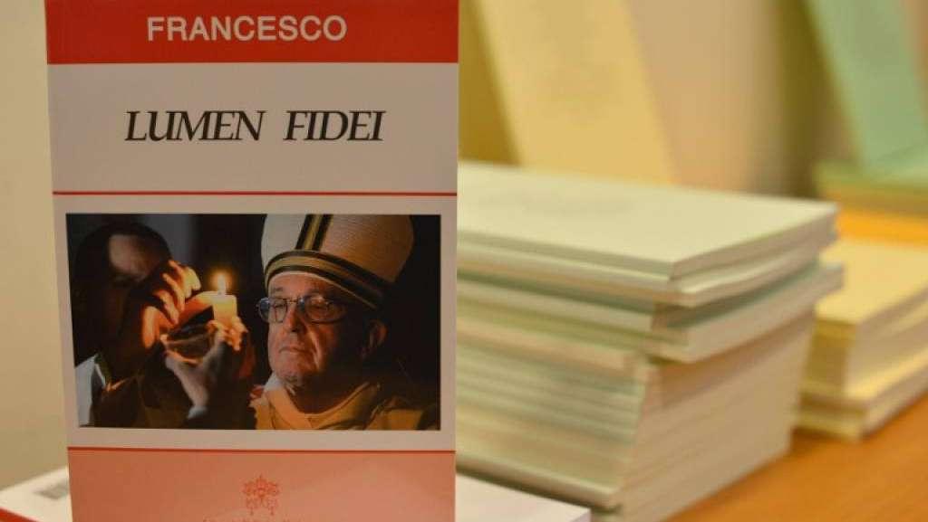 enciclica-Lumen-Fidei-papa-Francesco